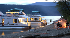 Cruisecraft 3 houseboat 2
