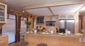 Houseboat Interiors 6