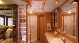 Houseboat Interiors 8